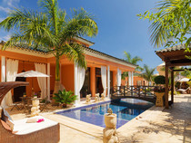 TUI TravelStar: Royal Garden Villas